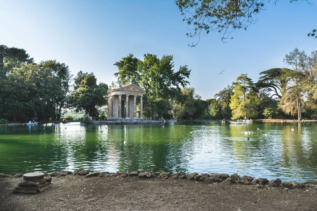 rent a boat in Villa Borghese